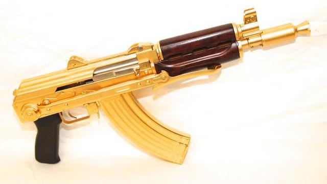 1887640_02_24kt_gold_plated_ak_pistol_ak__640